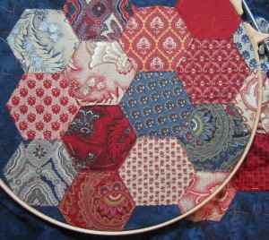 hexagon cushion quilting